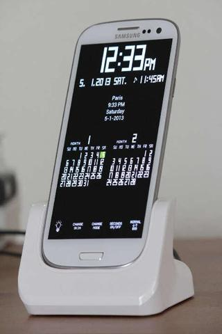 Screenshots des Programms TokiClock: World Clock and Calendar für Android-Smartphones oder Tablets.