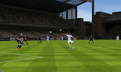 Screenshots do FIFA 14 - Perigoso para tablet e celular Android.