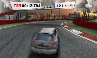 Screenshots of the Nissan Juke Nismo Challenge for Android tablet, phone.