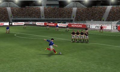 Jogue PES 2011 Pro Evolution Soccer para Android. Jogo PES 2011 Pro Evolution Soccer para download gratuito.