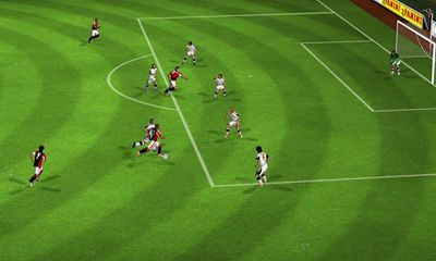 Screenshots do Real Football 2012 - Perigoso para tablet e celular Android.