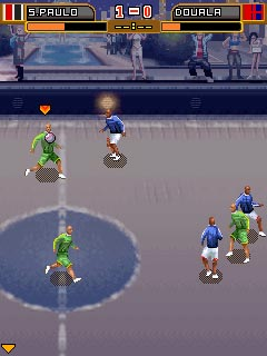 Скріншот java гри Ultimate Street Football. Ігровий процес.