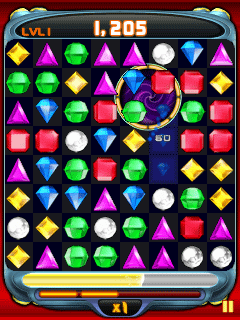 Скриншот java игры Bejeweled Twist. Игровой процесс.