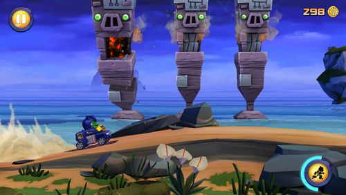 Screenshots of the Angry birds: Transformers game for iPhone, iPad or iPod.