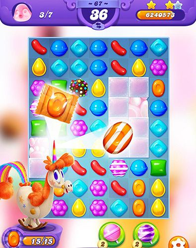 Скріншот гри Candy crush friends saga на Айфон.