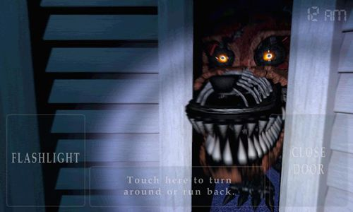 Screenshots of the Five nights at Freddy's 4 game for iPhone, iPad or iPod.