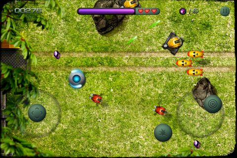 Screenshots of the Last line of defense game for iPhone, iPad or iPod.