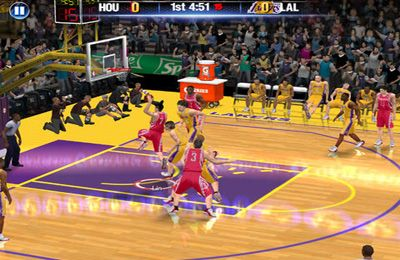 Baixe NBA 2K14 gratuitamente para iPhone, iPad e iPod.