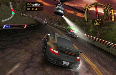 iPhone、iPad または iPod 用Need For Speed Undercoverゲームのスクリーンショット。