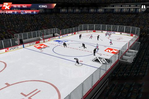Capturas de pantalla del juego NHL 2K para iPhone, iPad o iPod.