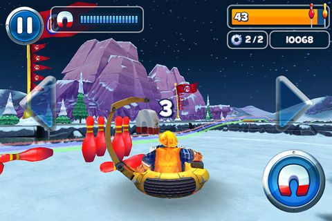 Screenshots of the Polar bowler game for iPhone, iPad or iPod.