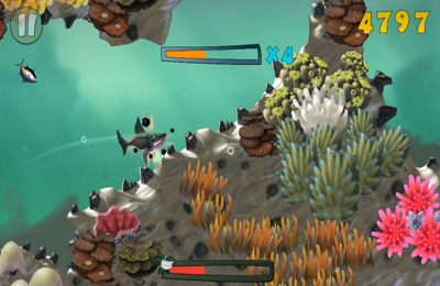 Screenshots of the Reef Run game for iPhone, iPad or iPod.