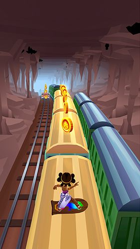 Screenshots of the Subway Surfers: Madagascar game for iPhone, iPad or iPod.