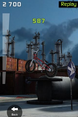 Capturas de pantalla del juego Touchgrind BMX para iPhone, iPad o iPod.