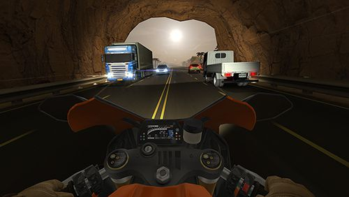 Screenshots of the Traffic rider game for iPhone, iPad or iPod.