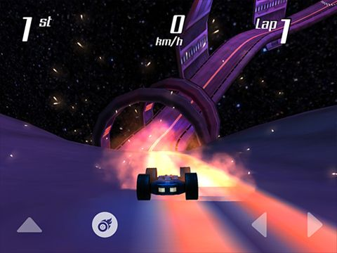 Screenshots of the Wall race game for iPhone, iPad or iPod.
