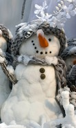 Download free mobile wallpaper 40466: Toys,Snowman,Objects for phone or tab. Download images, backgrounds and wallpapers for mobile phone for free.