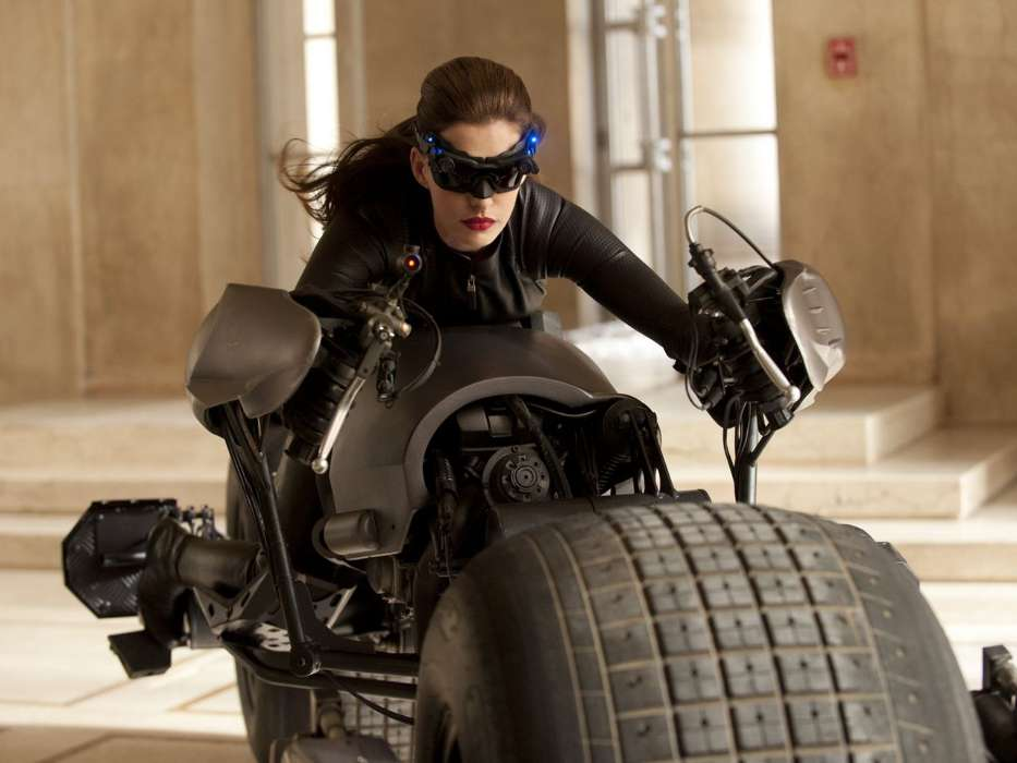 Download mobile wallpaper Cinema, People, Actors, Batman, Anne Hathaway for free.