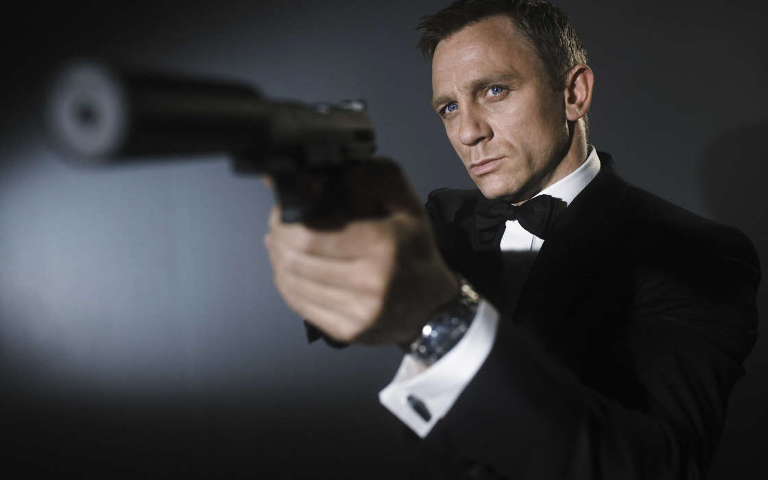 Download mobile wallpaper Cinema, People, Actors, Men, James Bond, Daniel Craig for free.