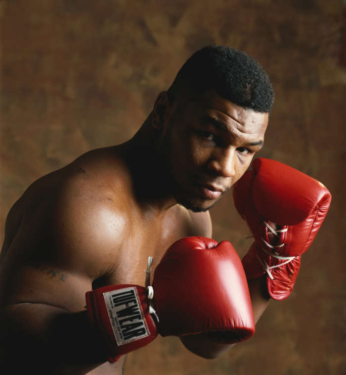 Download mobile wallpaper Sports, People, Men, Boxing, Mike Tyson for free.