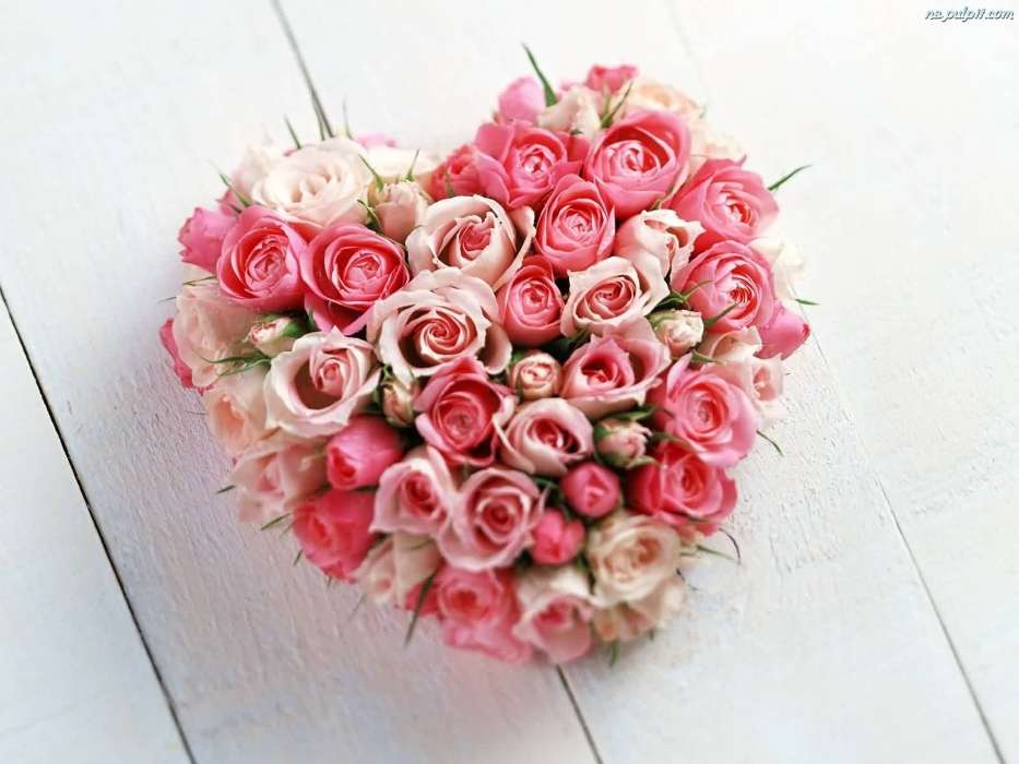 Download mobile wallpaper Holidays, Plants, Flowers, Roses, Hearts, Valentine's day, Bouquets for free.