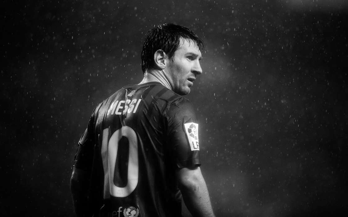 Download mobile wallpaper Sports, People, Football, Men, Lionel Andres Messi for free.