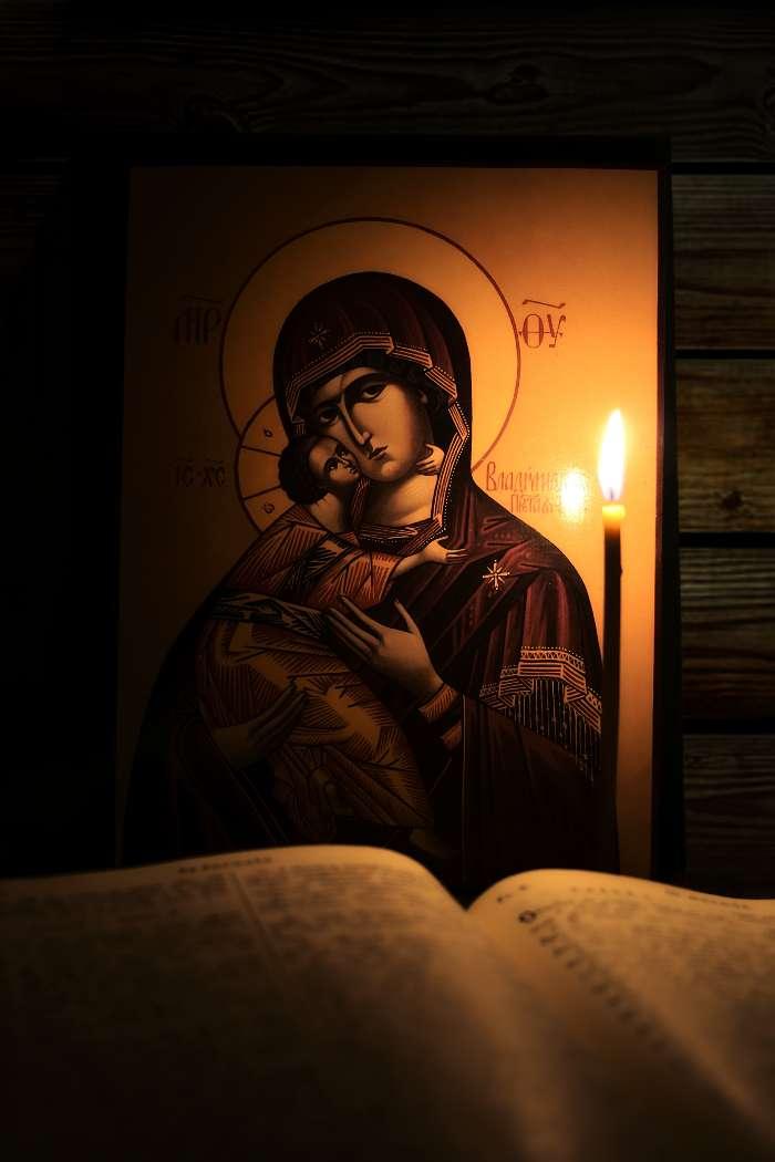 Праввные обои с изображениями чудотворных икон 298 фотографий