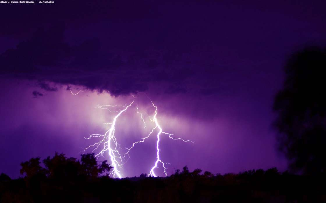 Download mobile wallpaper Landscape, Sky, Night, Lightning for free.