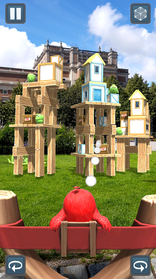 Angry birds AR: Isle of pigs screenshot 3