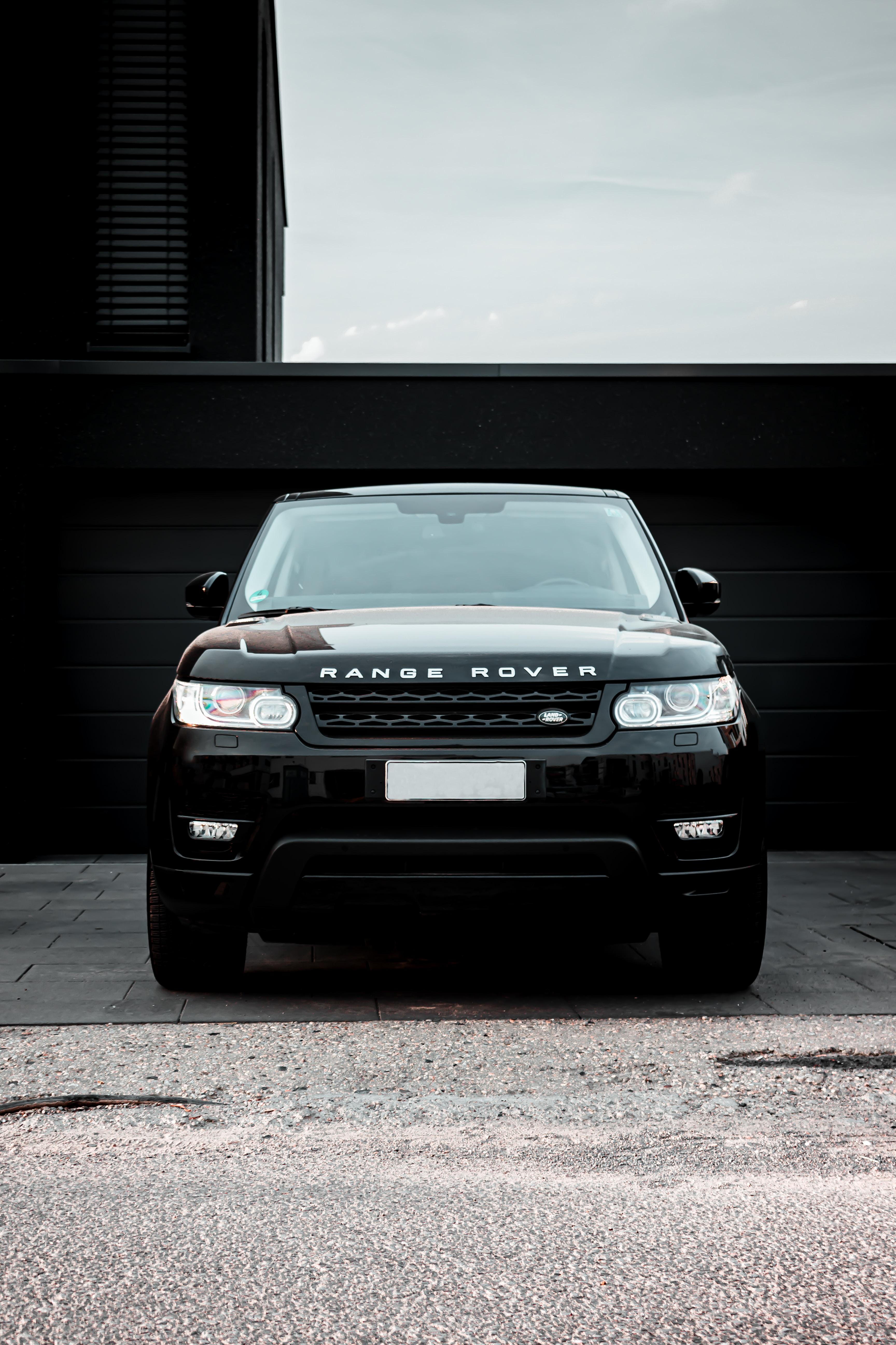 121171 скачать обои Тачки (Cars), Ленд Ровер (Land Rover), Рендж Ровер (Range Rover), Машина, Черный, Внедорожник, Вид Спереди - заставки и картинки бесплатно