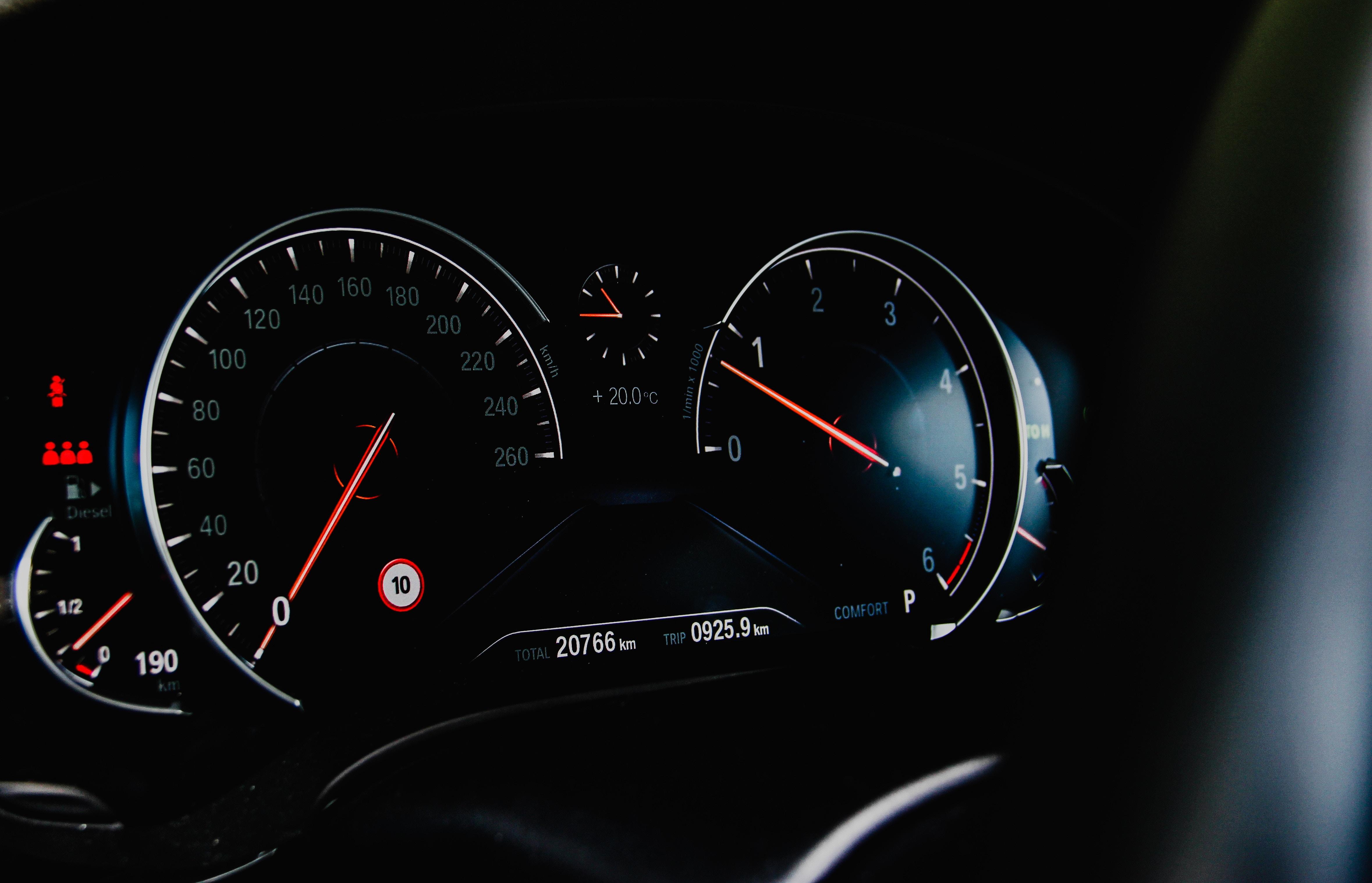 57556壁紙のダウンロードカール, スピードメーター, 速度計, 速度, 矢印, 数字, 番号, 車-スクリーンセーバーと写真を無料で