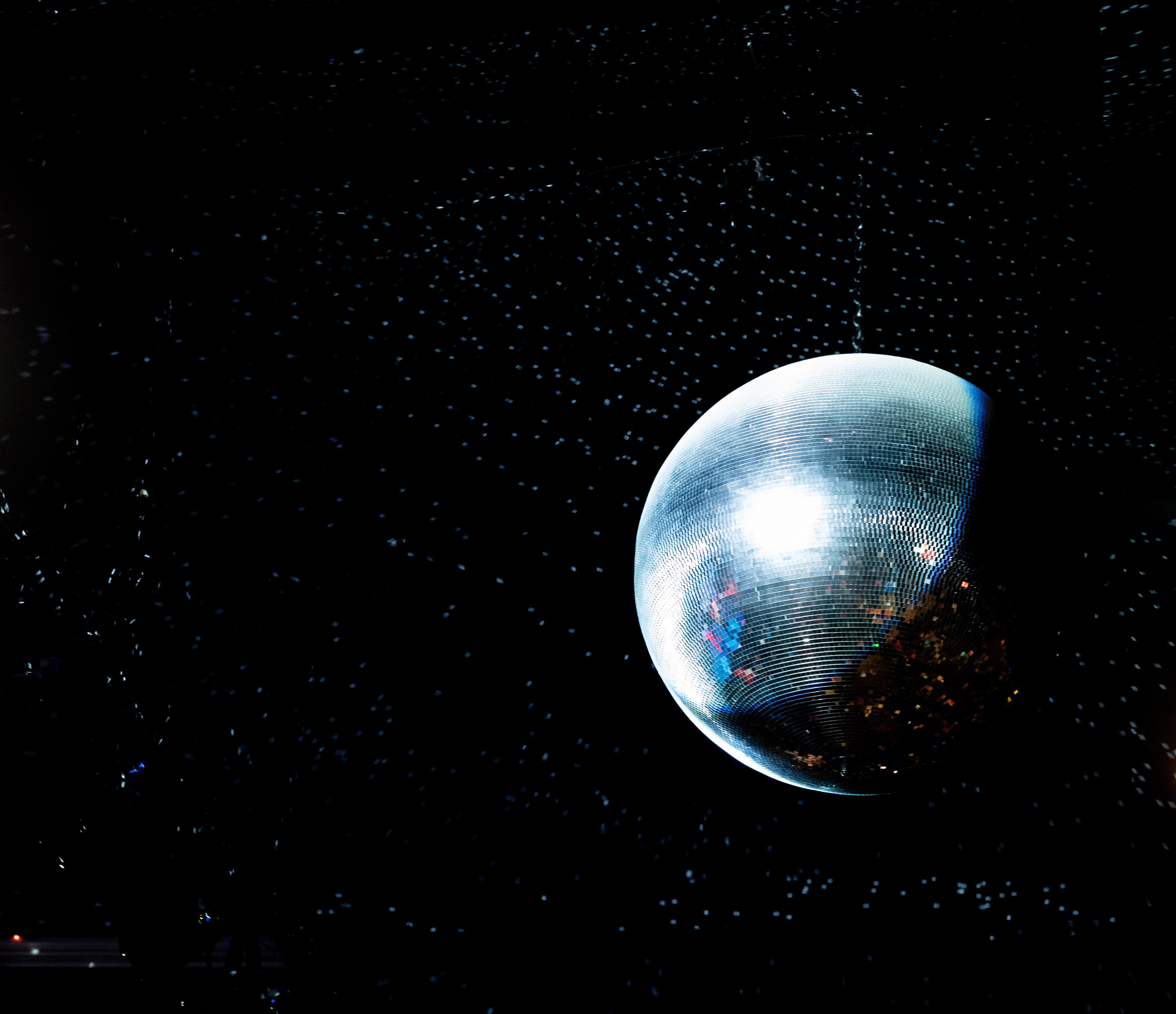101119 télécharger le fond d'écran Divers, Boule Disco, Bal Disco, Balle, Ballon, En Miroir, Miroir, Éblouissement, Éclat, Luire - économiseurs d'écran et images gratuitement