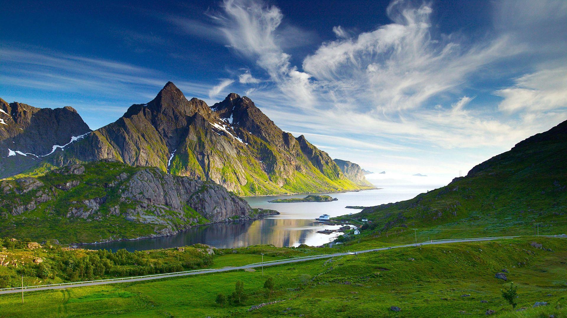115990 скачать обои Горы, Лето, Природа, Река, Трава, Озеро - заставки и картинки бесплатно