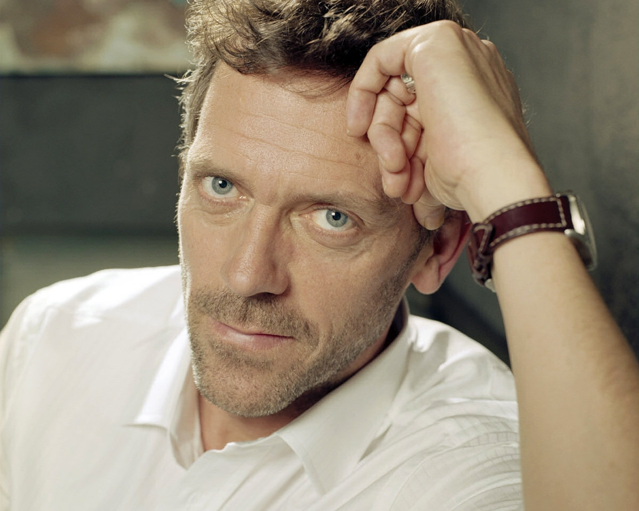 4693 download wallpaper People, Actors, Men, House M.d., Hugh Laurie screensavers and pictures for free