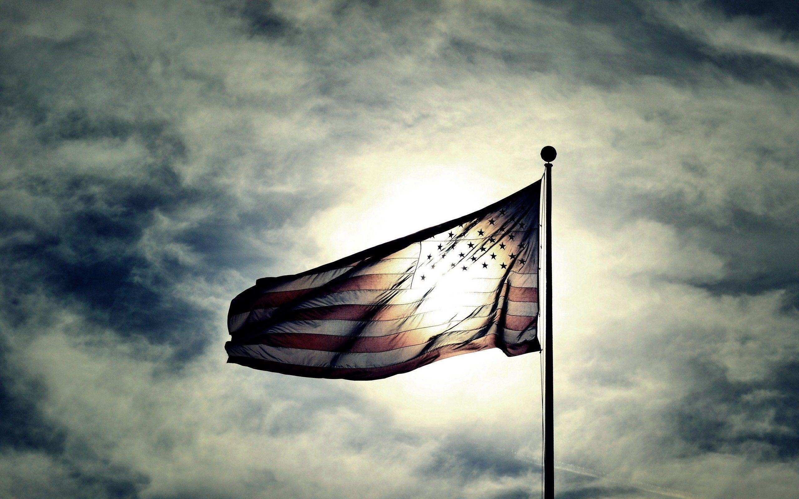 103281 скачать обои Темные, Сша, Флаг, Небо, Ночь, Облака - заставки и картинки бесплатно