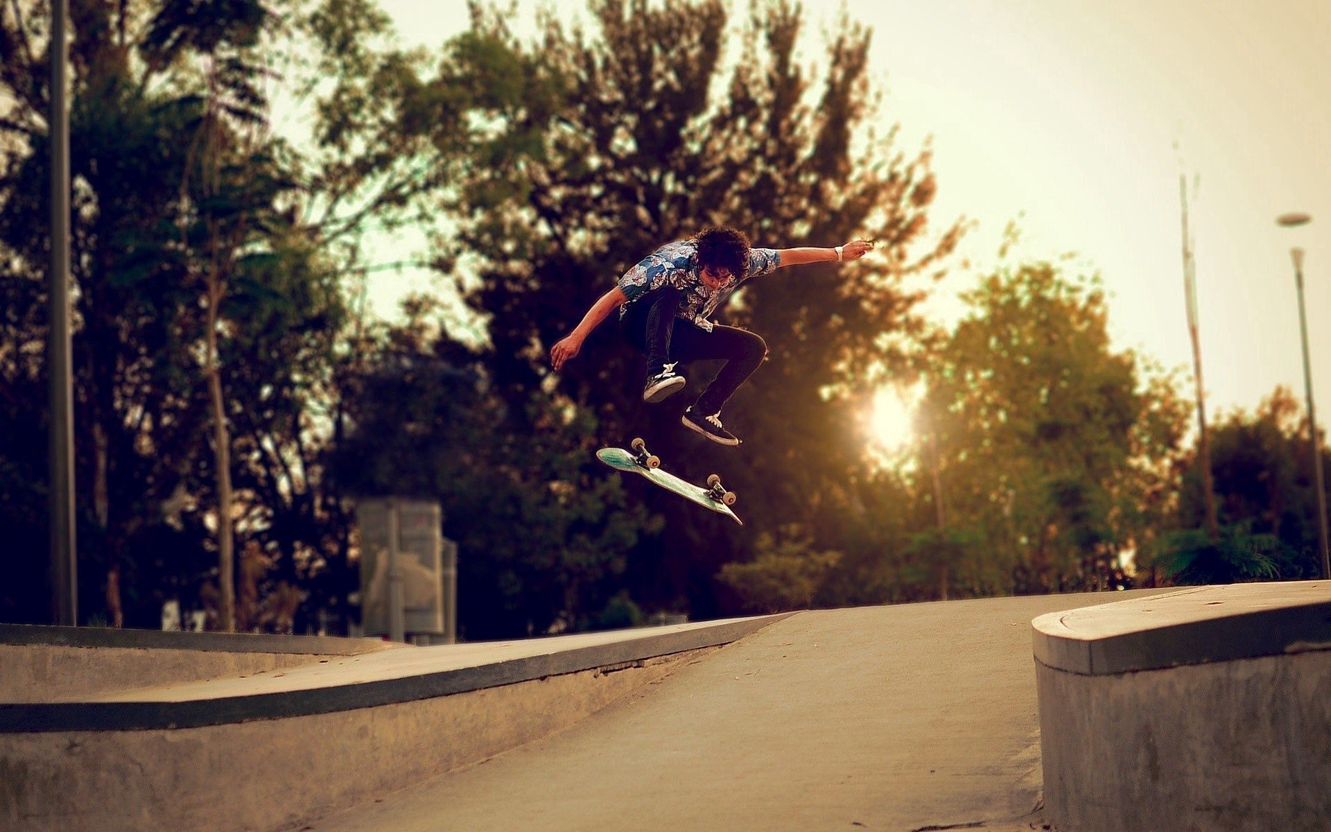 131999 Screensavers and Wallpapers Street for phone. Download Skateboard, Sports, Trees, Street, Guy, Skate pictures for free