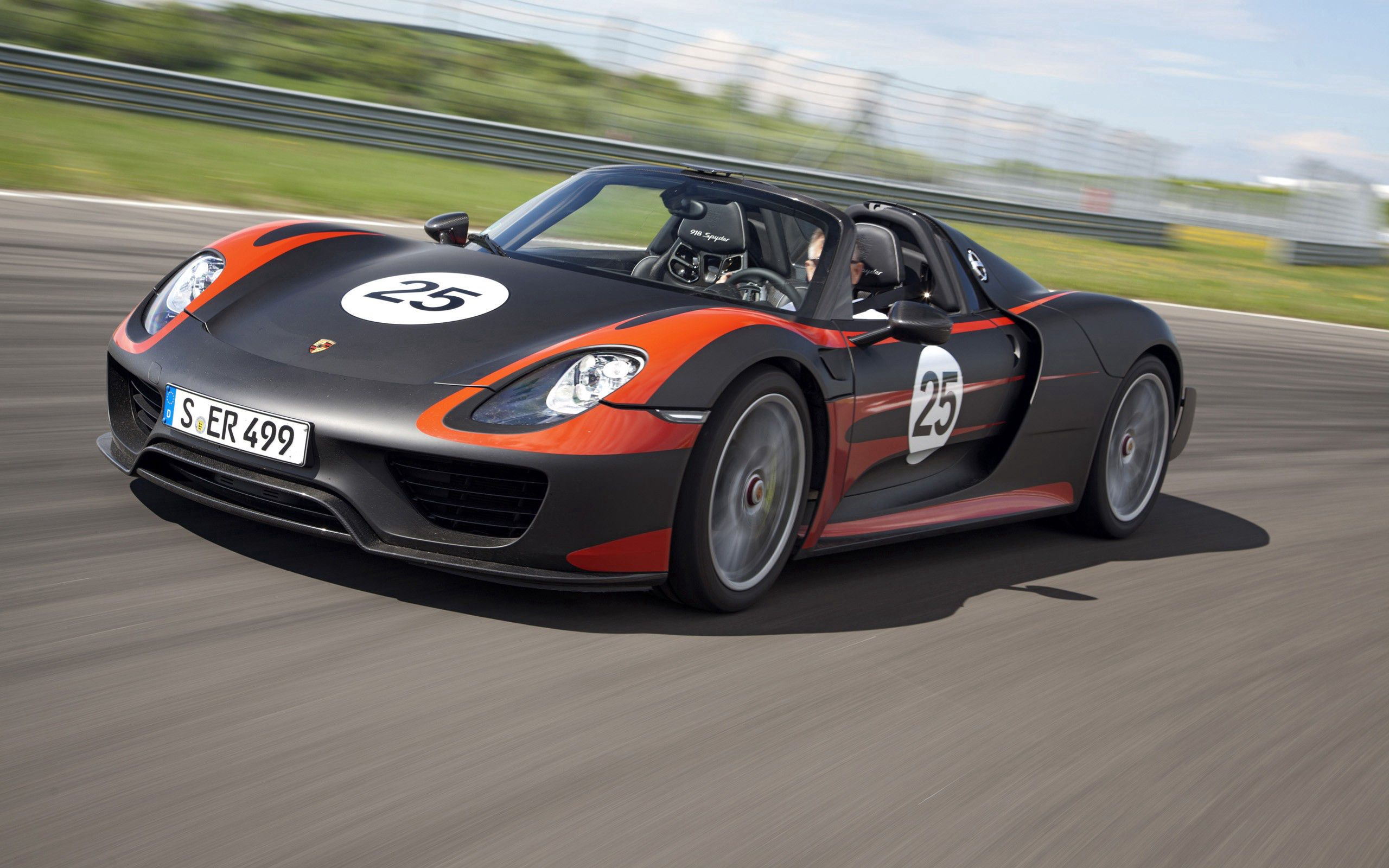 90292 download wallpaper Cars, Porsche 918, Porsche, Auto, Speed, Sports Car, Sports screensavers and pictures for free