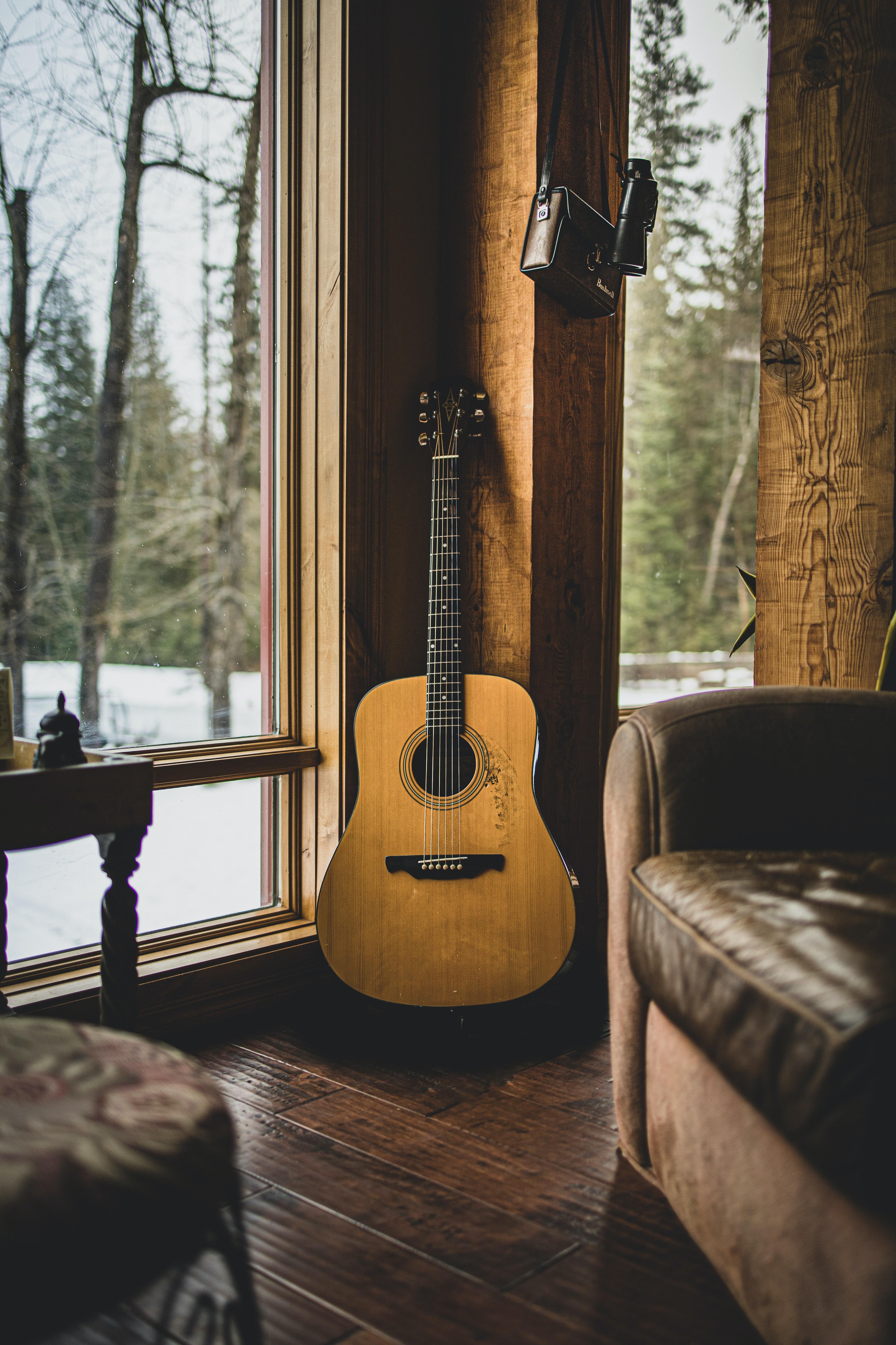 121273 baixar papel de parede Música, Violão, Madeira, De Madeira, Castanho, Marrom, Guitarra, Instrumento Musical - protetores de tela e imagens gratuitamente