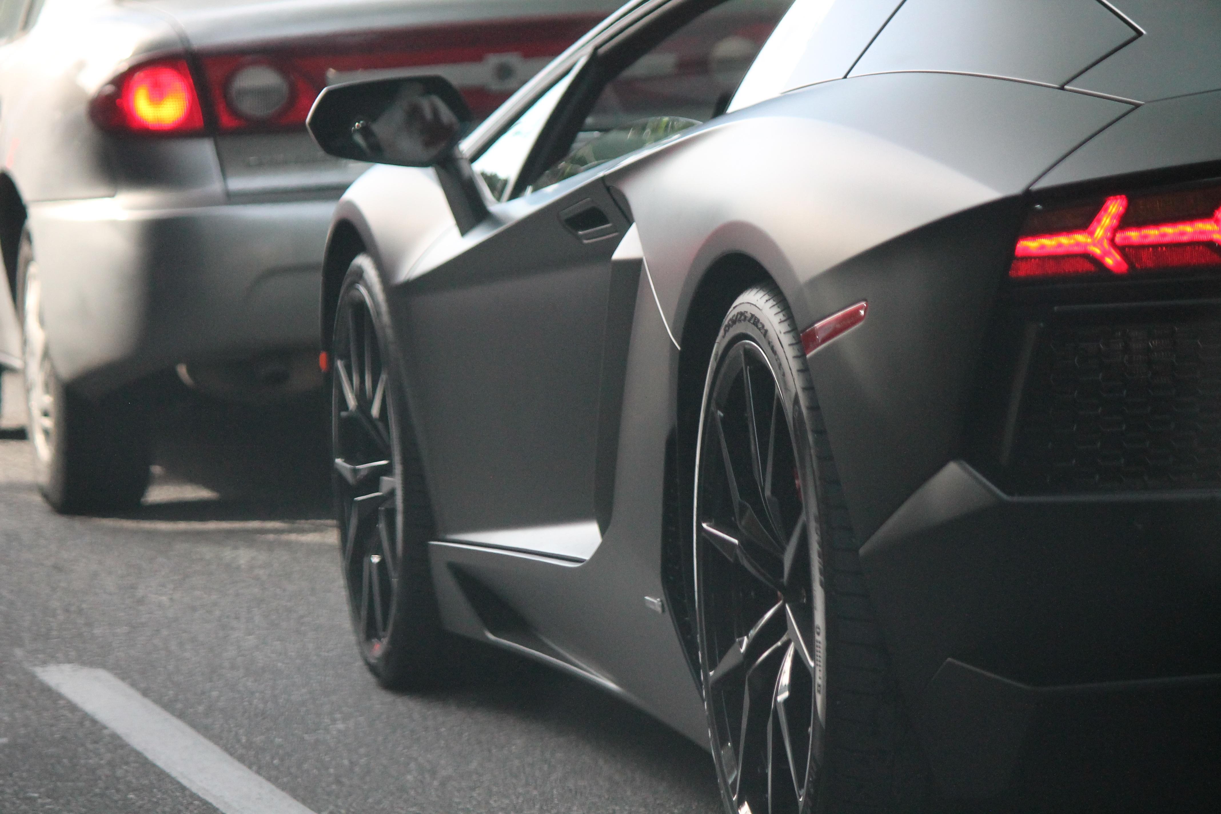 88540 Hintergrundbild herunterladen Lamborghini, Cars, Lichter, Scheinwerfer, Rad, Supersportwagen - Bildschirmschoner und Bilder kostenlos