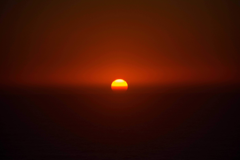 Download mobile wallpaper Nature, Sunset, Sun, Twilight, Dusk, Evening for free.