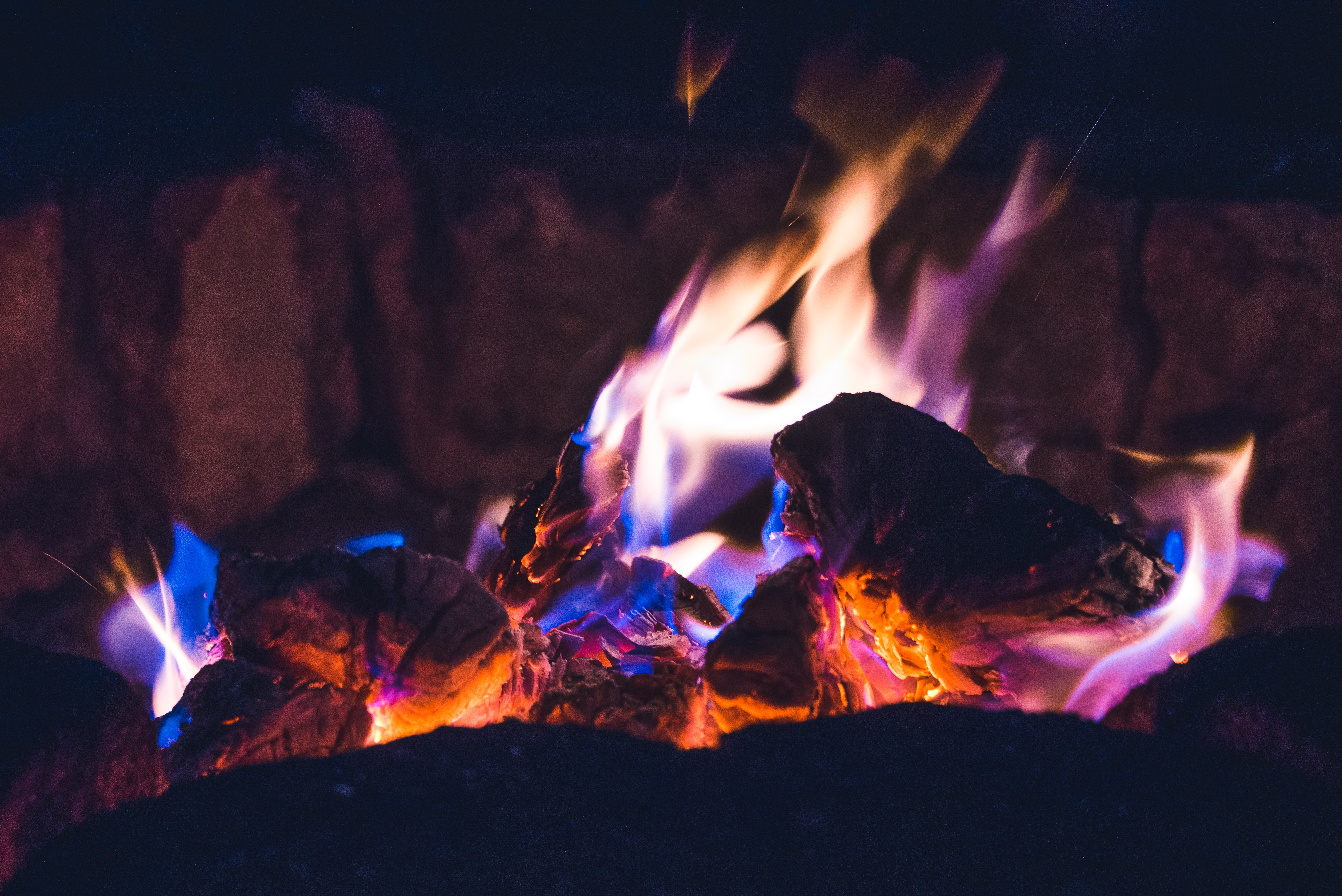 109794 Screensavers and Wallpapers Bonfire for phone. Download Fire, Bonfire, Dark, Shine, Light, Flame, Angle, Corner, Ash pictures for free
