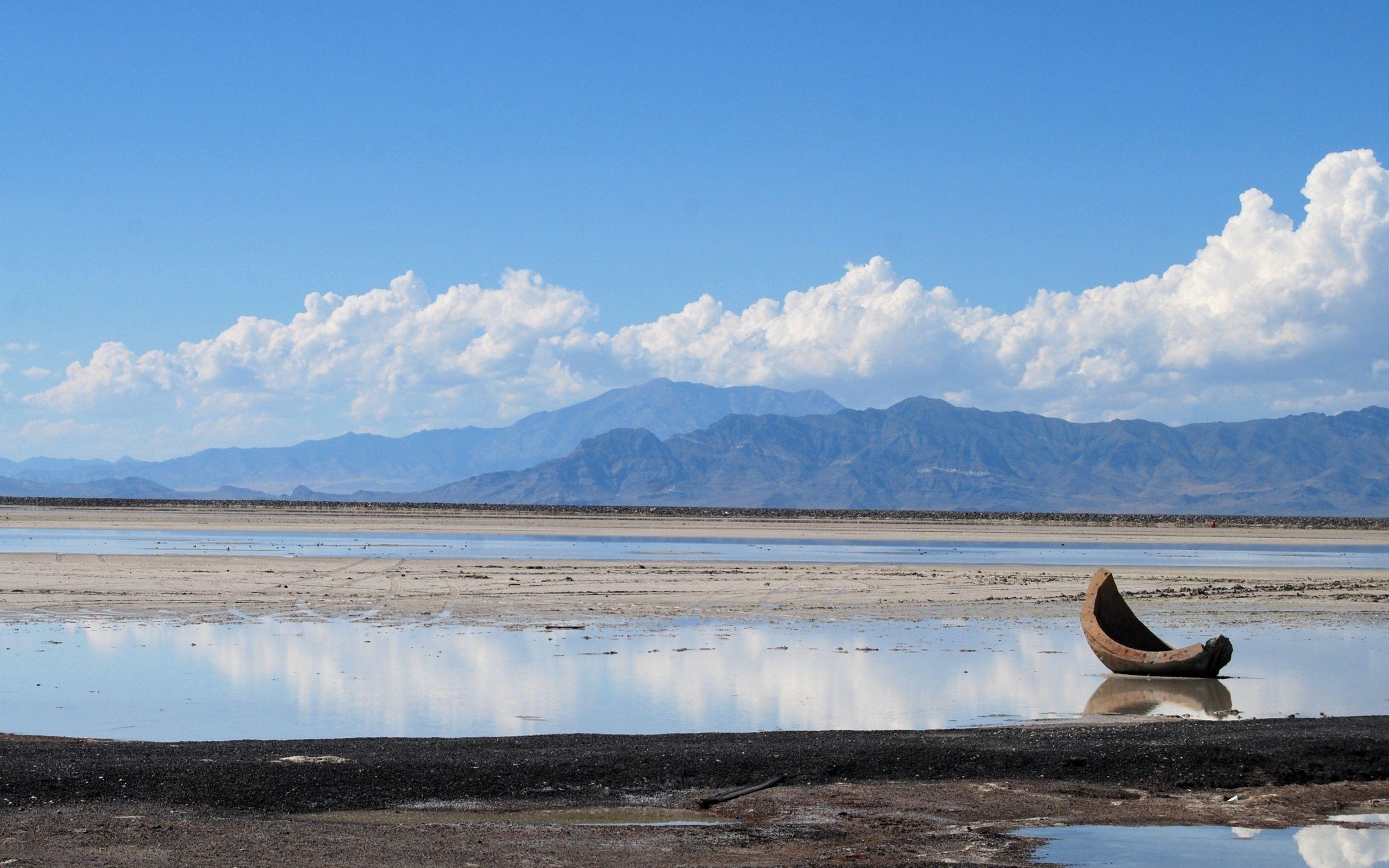 153182 Hintergrundbild herunterladen Natur, Mountains, Clouds, Küste, Dahl, Distanz, Chip, Ebbe, Pfützen, Fragment - Bildschirmschoner und Bilder kostenlos