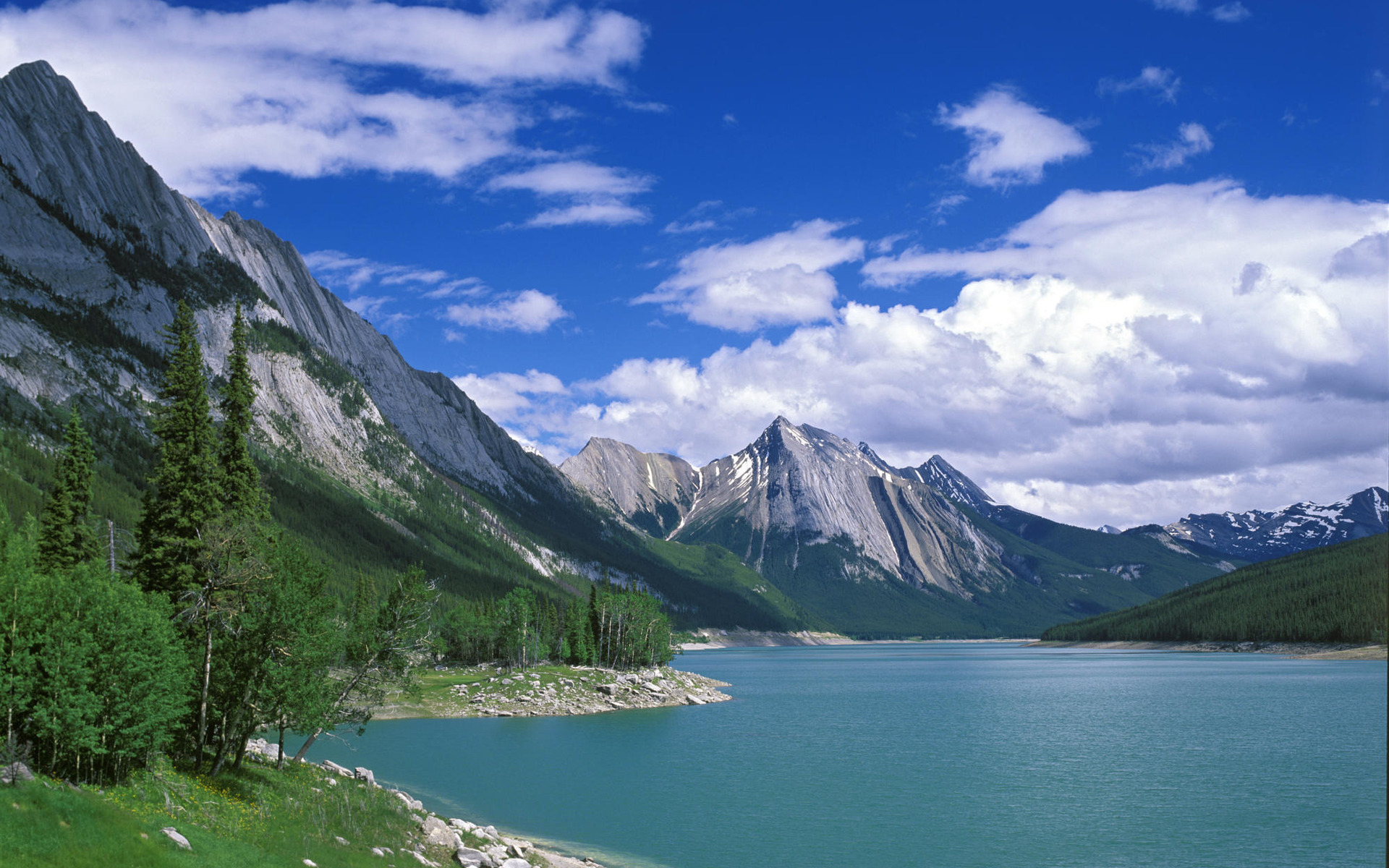 48100 download wallpaper Landscape, Nature, Mountains, Lakes screensavers and pictures for free