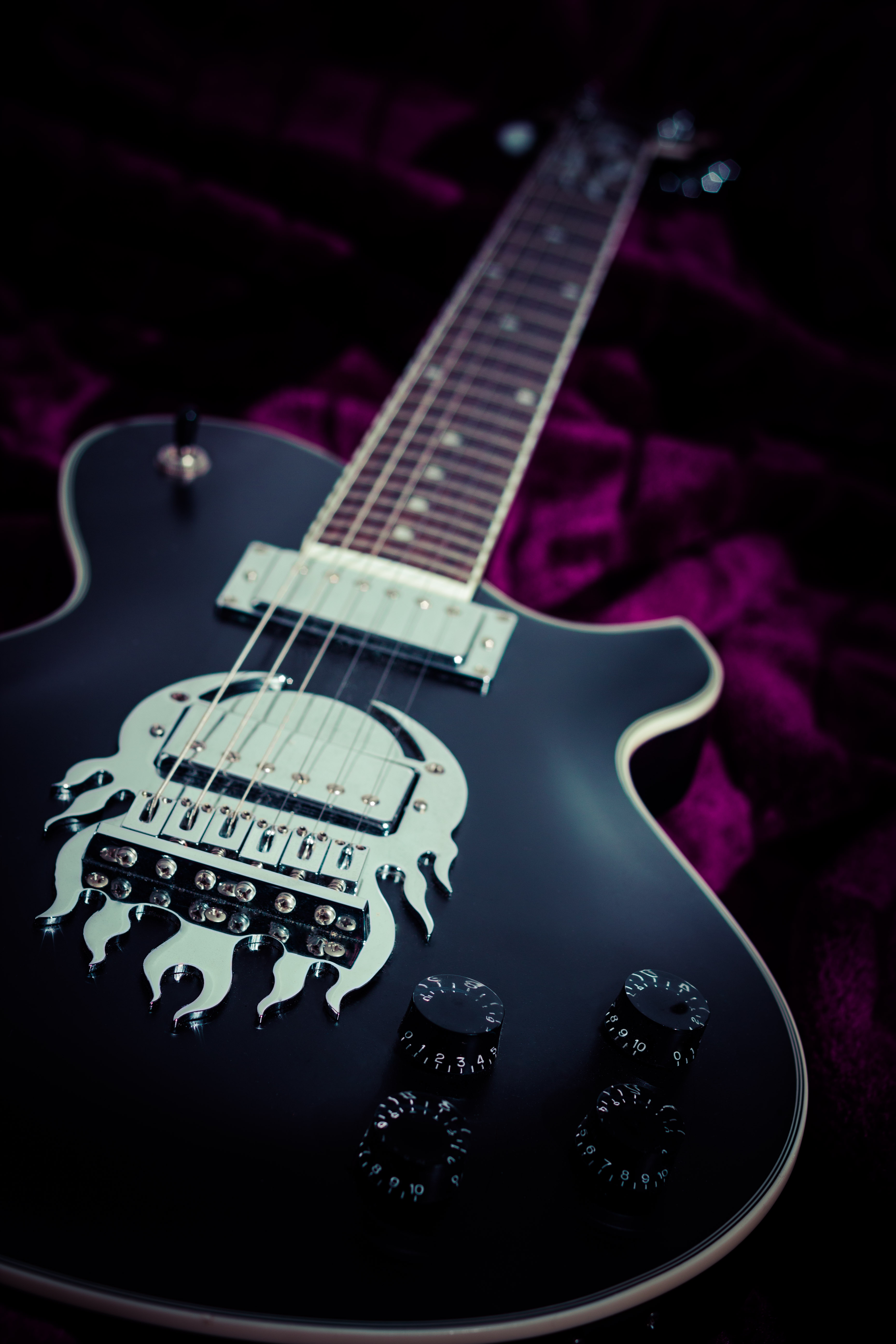 127808 download wallpaper Music, Electronic Guitar, Guitar screensavers and pictures for free