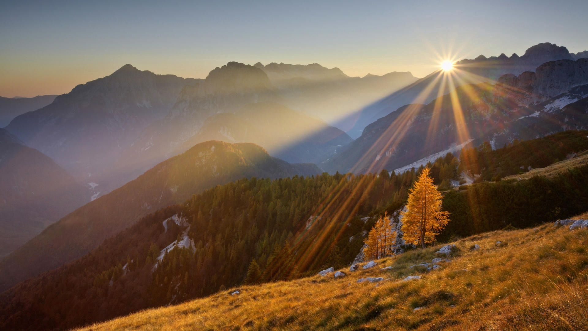 139014 Screensavers and Wallpapers Beams for phone. Download Nature, Mountains, Autumn, Sun, Shine, Light, Beams, Rays pictures for free