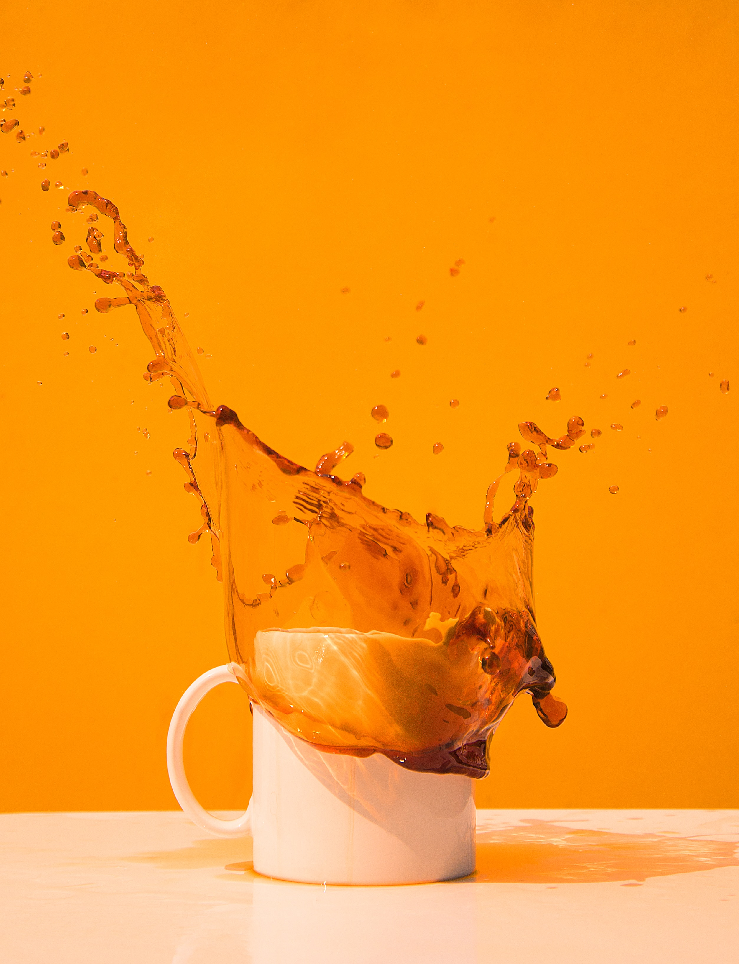 63912 free wallpaper 360x640 for phone, download images Coffee, Food, Cup, Spray, Splash, Drink, Beverage 360x640 for mobile