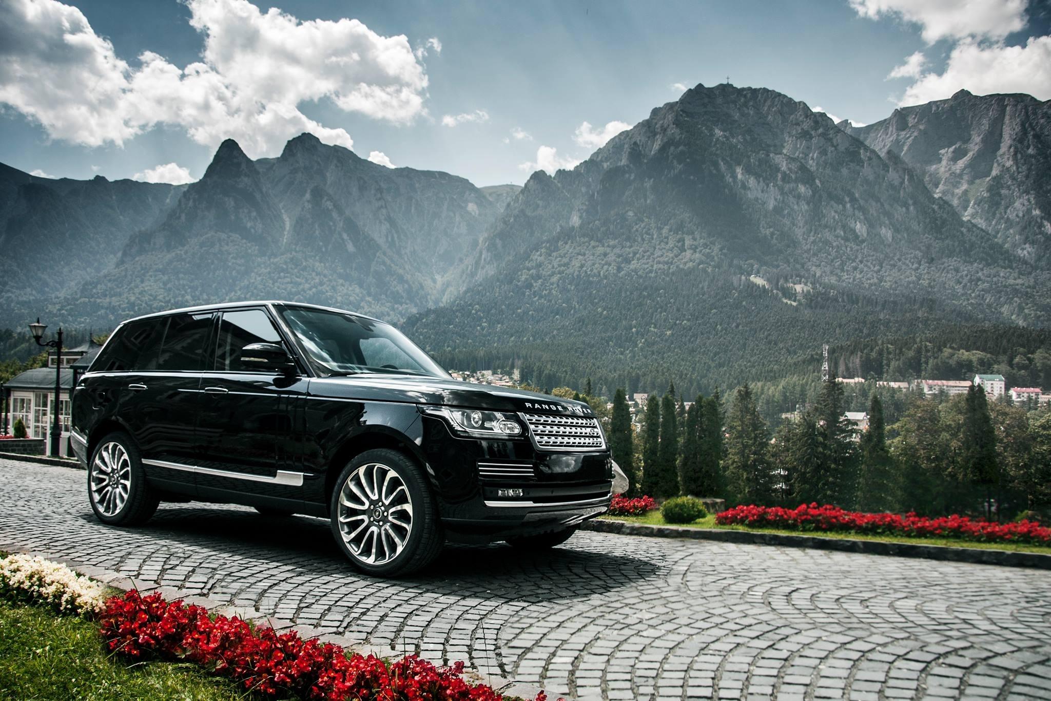 90355 скачать обои Тачки (Cars), Рендж Ровер (Range Rover), Черный, Вид Сбоку, Горы - заставки и картинки бесплатно