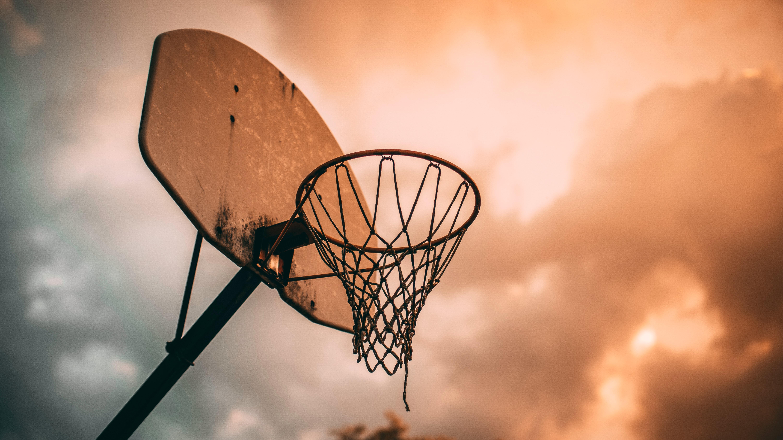 66205 обои 720x1520 на телефон бесплатно, скачать картинки Спорт, Небо, Баскетбол, Щит, Баскетбольное Кольцо, Баскетбольная Сетка 720x1520 на мобильный
