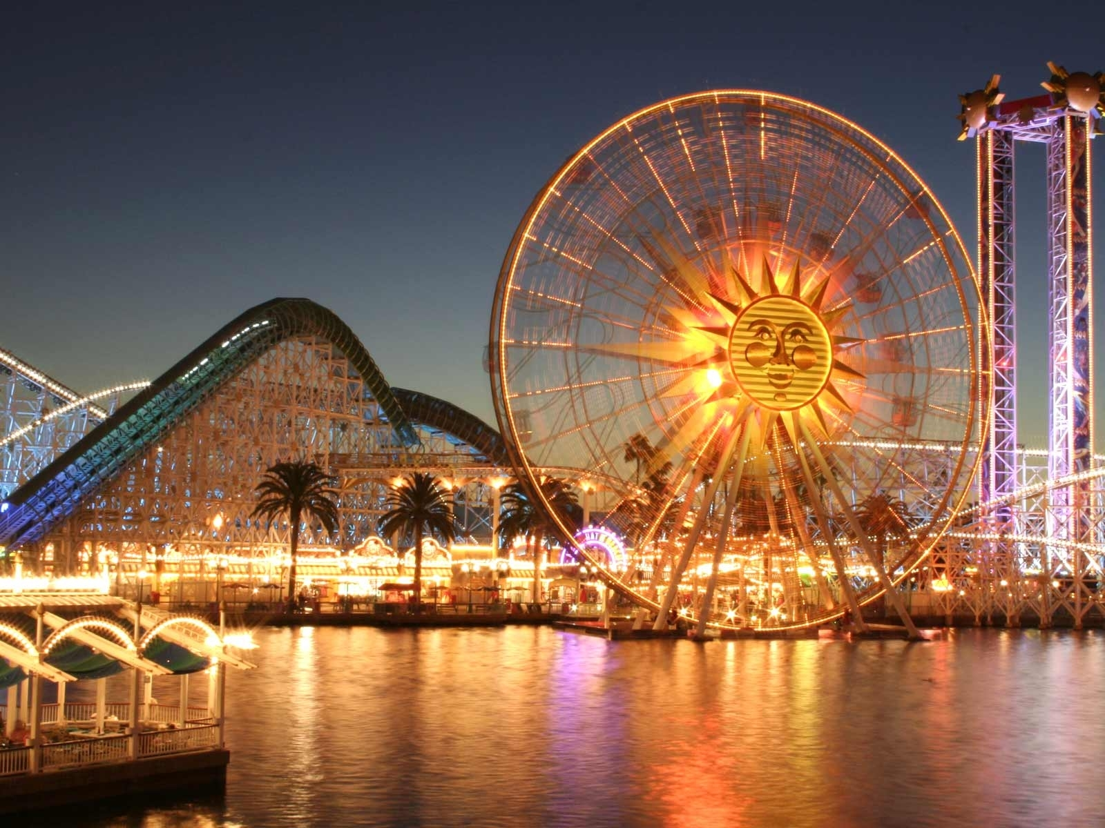 634 download wallpaper Cities, Water, Night, Attractions screensavers and pictures for free