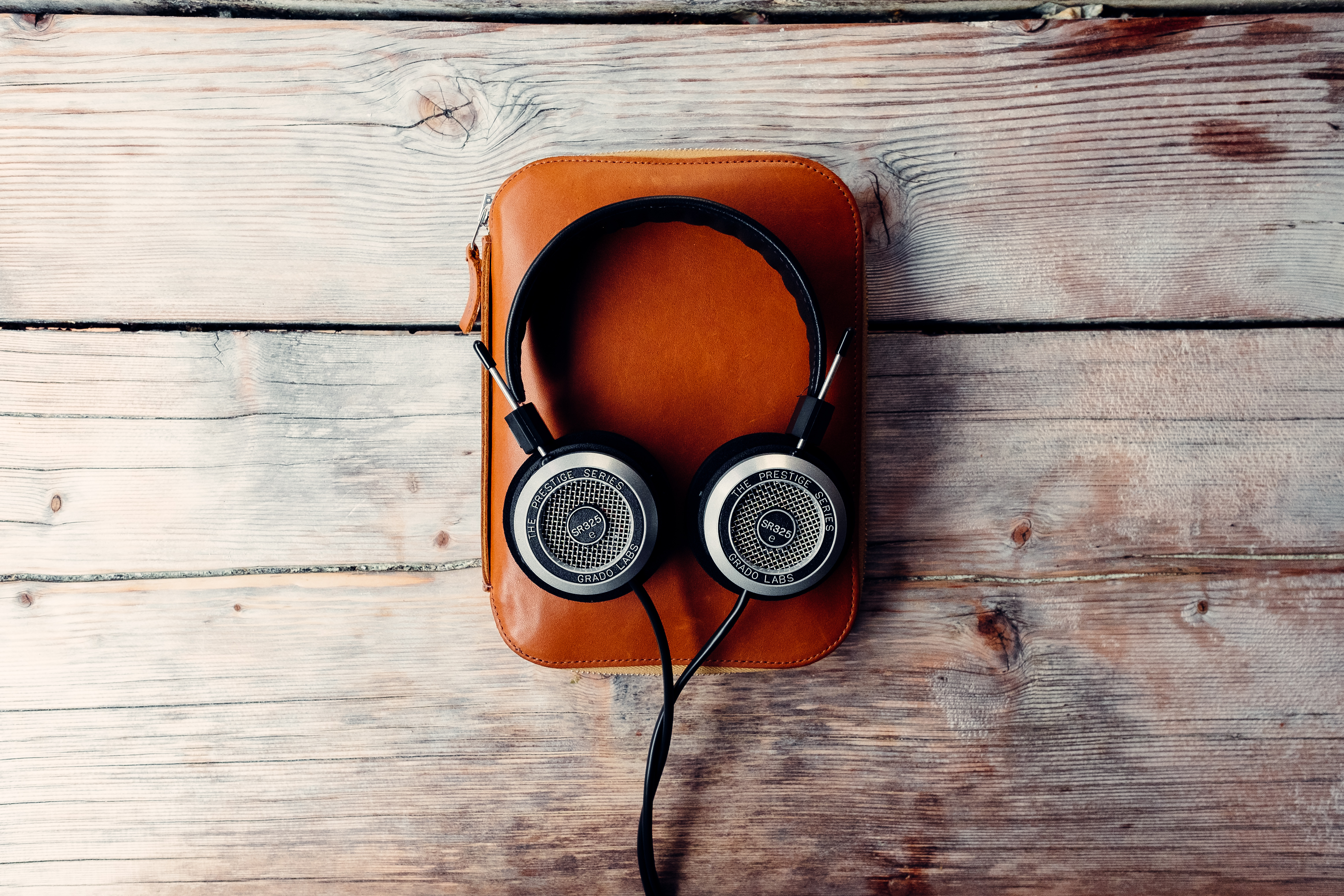 101121 baixar papel de parede Música, Fones De Ouvido, Estilo, Áudio - protetores de tela e imagens gratuitamente